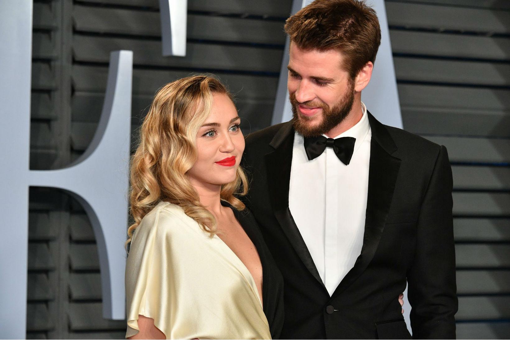 Miley Cyrus liam hemsworth still together