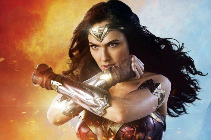 《Wonder Woman》續集片段曝光:Gal Gadot 英勇擊退壞蛋、拯救小女孩!