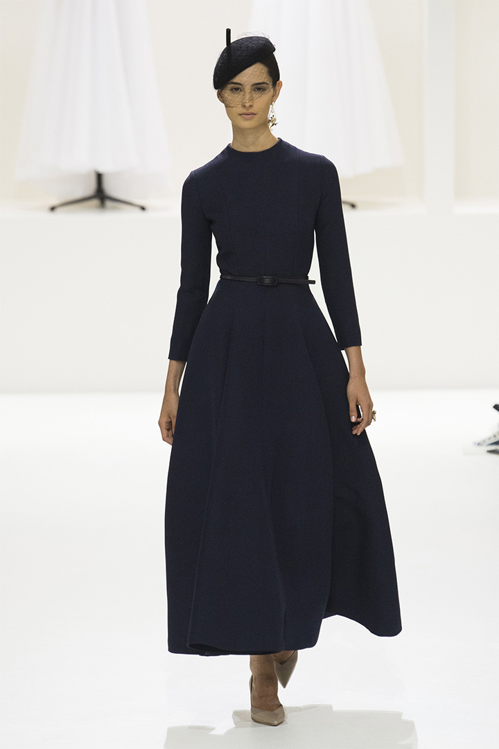christian-dior-fall-2018-couture-runway