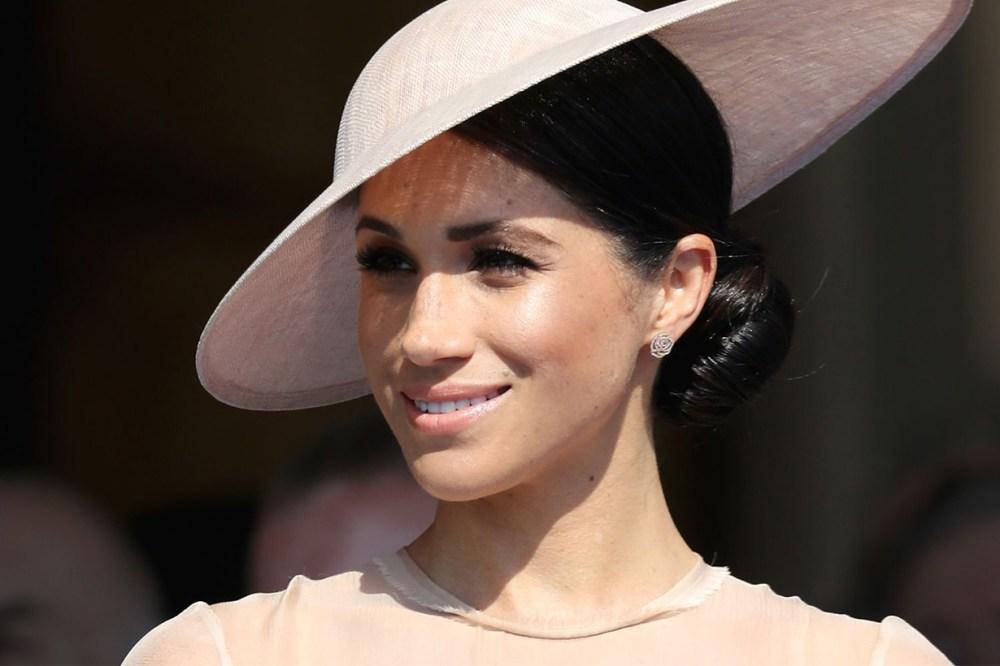 Meghan Markle Flawless Skin Hat Style