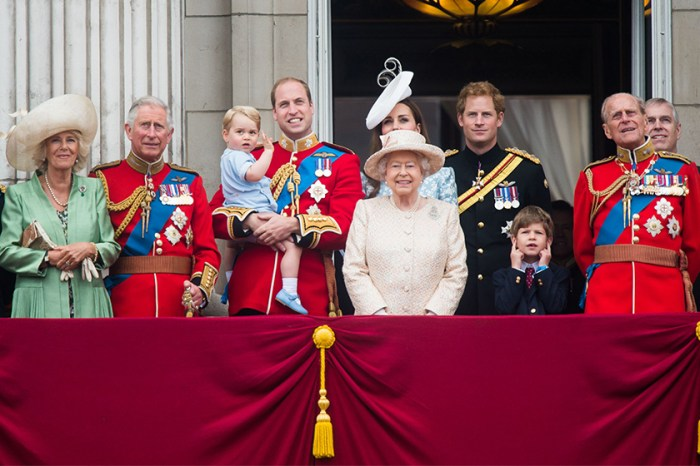 你從未看過的皇室成員肖像曝光,為的是慶祝查理斯王子 70 歲生日!