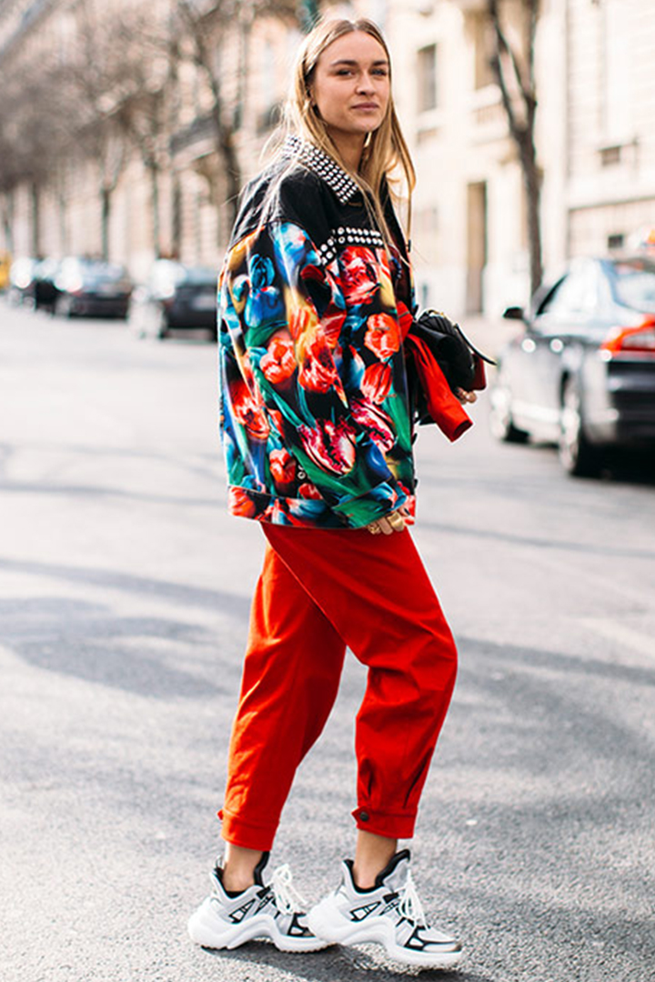 How to wear chunky sneakers