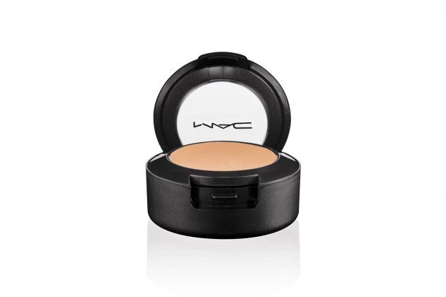 MAC Studio Finish SPF 35 Concealer.