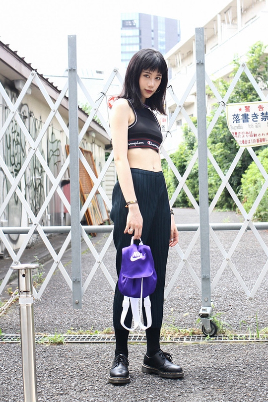 black outfit summer street style japan