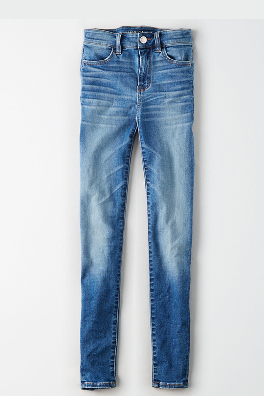 Kendall Jenner AMERICAN EAGLE denim on denim look