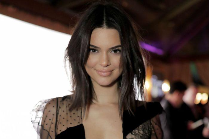 無聲的抗議?Kendall Jenner 首次在 IG 上完整展現她乳頭的全貌!
