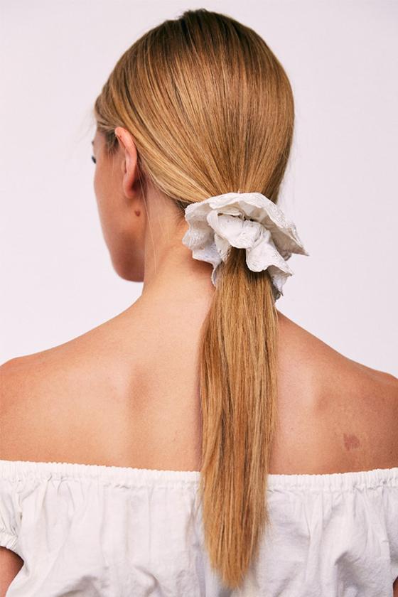 Unconventional Bridal Hair Accessories