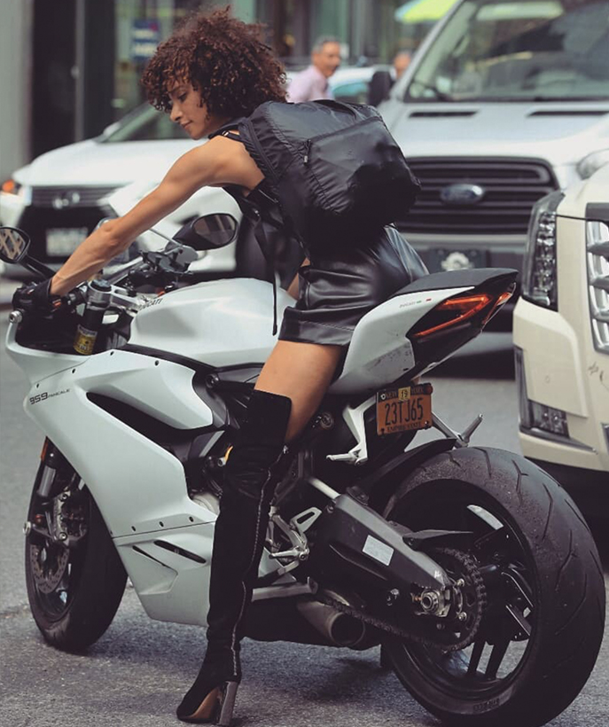 The first super model to ride motorcycles to participate in Victoria's Secret castings