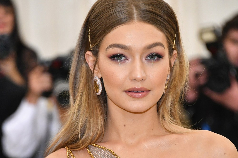 Gigi Hadid Red Carpet
