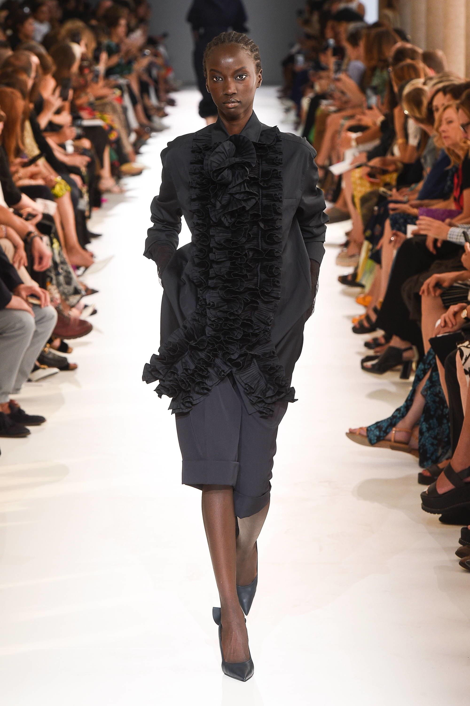max mara milan fashion week mfw coats ian griffiths 2019 spring ready to wear