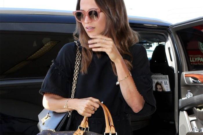10年來,女星們都投資這個手袋!很多機場造型也有它的身影