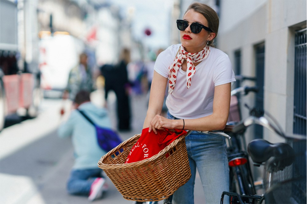 Fashion Week Street Style Lipstick