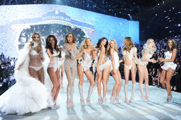 Victoria's Secret 2018 時裝騷確認回歸紐約,是怕了去年上海的拒發簽證風波嗎?