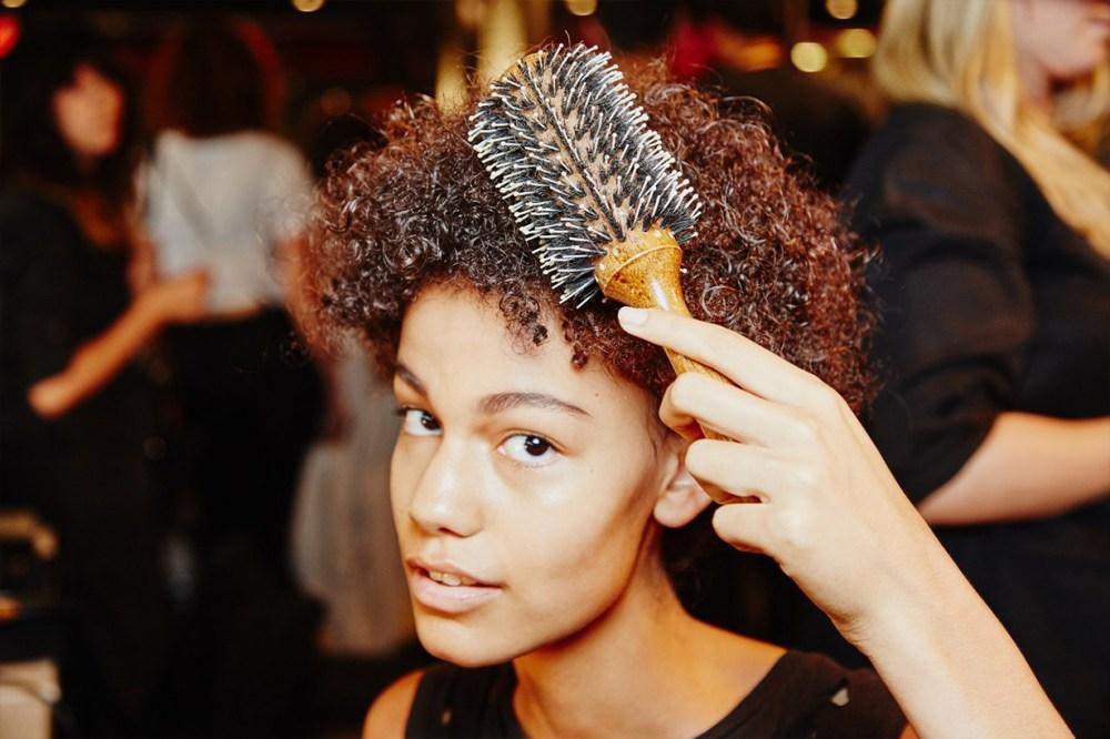 Backstage Model Hair boar bristle brush