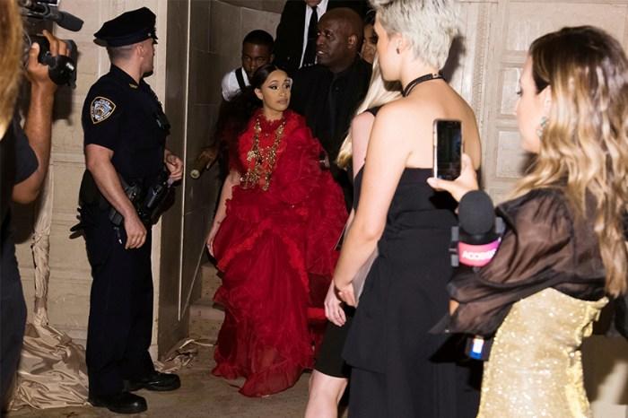 時尚大災難!這兩位著名女歌手竟在 NYFW 派對上大打出手!
