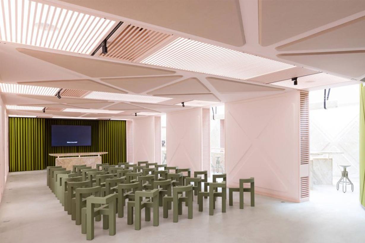 Futuristic XYZ Lounge Bar