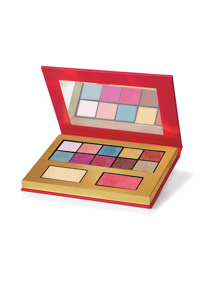 Juicy Couture Fashion brand Paris Hilton Tracksuit Fragrances Oui Limited Edition Cosmetics Line eyeshadow palette Lipsticks eyeliner