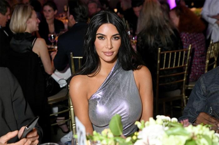 Kim Kardashian 宣佈「烘焙化妝」已過時了!她現在喜愛的妝容是……