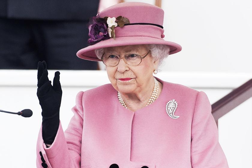 queen-elizabeth-hobby-dancing