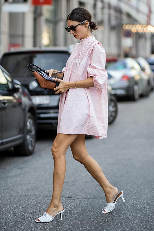 smock-dress-autumn outfit ideas streetstyle