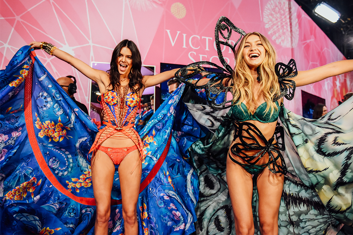 c578ab83c016f victorias-secret-fashion-show-models-2018