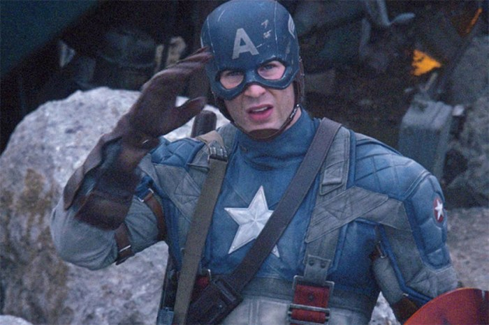 忍著淚水!Chris Evans 正式卸下「美國隊長」一角,跟觀眾道別!