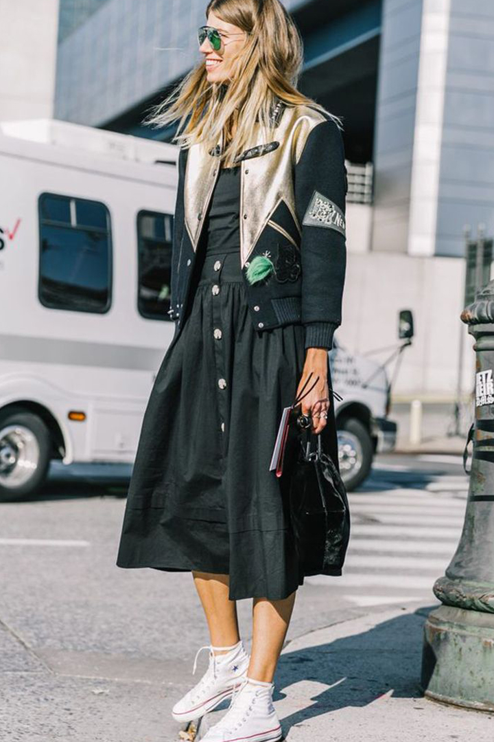 Converse Canvas Shoes Styling Tips Street Style Street Snap Dresses Suits Leather Items Fashionistas Fashion tips