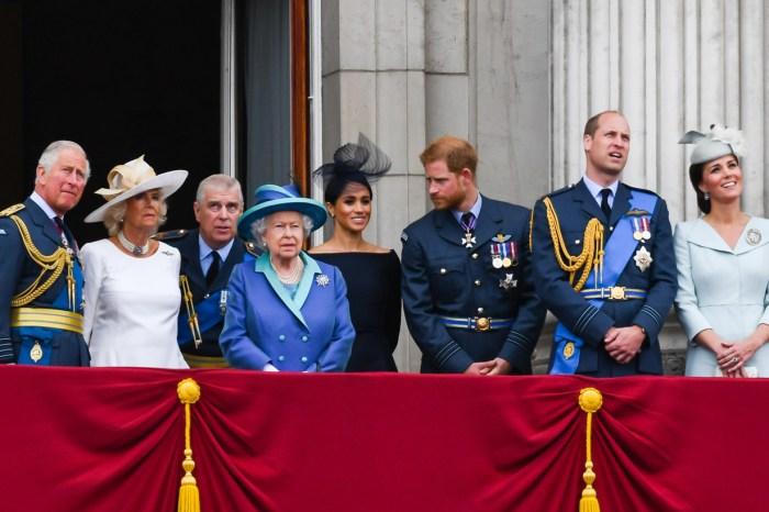 皇室人員也會慶祝萬聖節!你猜英女王、威廉、哈里和凱特曾經扮過什麼?