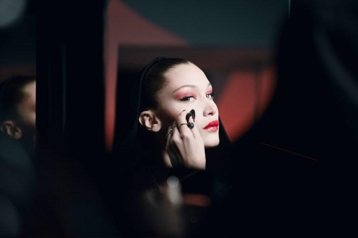 誰說萬聖節妝容必定要嚇人?像 Bella Hadid 這樣化就可以當性感吸血鬼!