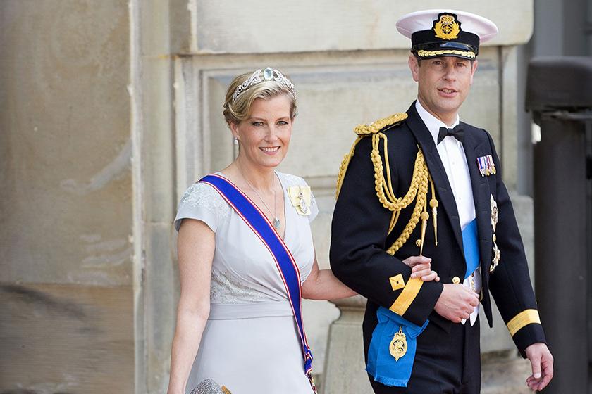 kate-middleton-meghan-markle-in-popular-royal-poll-prince-harry-wins