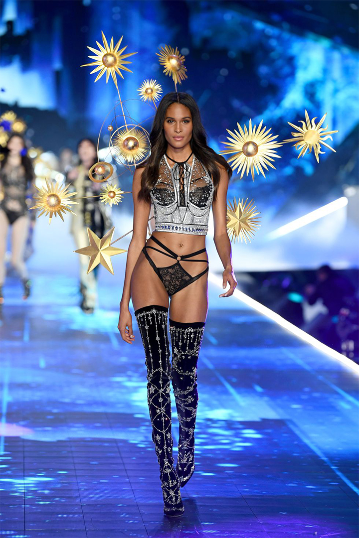 All the Looks From the 2018 Victoria's Secret Fashion Show