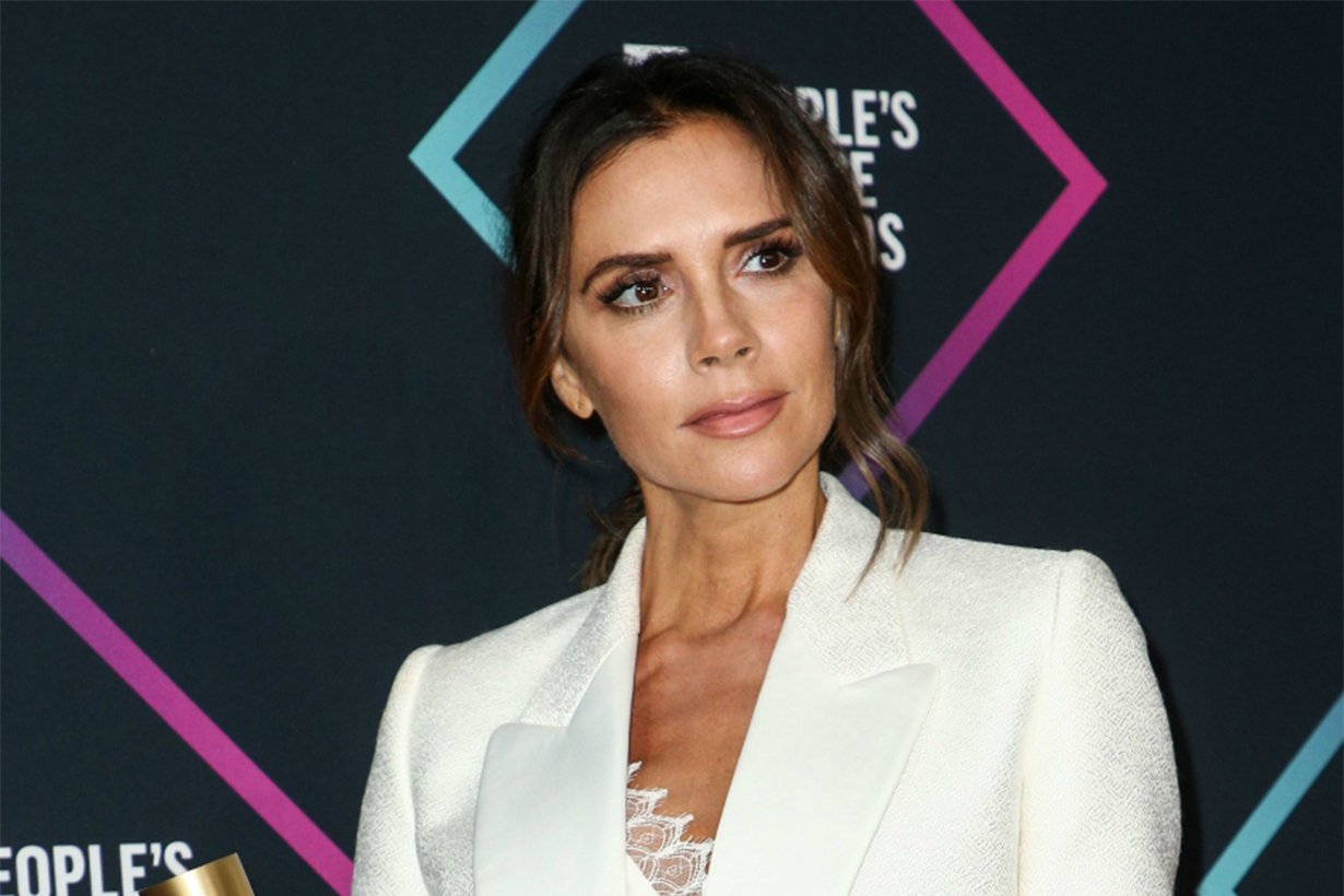 Ken Paves Cut Victoria Beckham's Hair on the Way to the People's Choice Awards