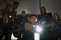 要哭了!「初代 Avengers」以這個方法向 Stan Lee 作最後致敬…