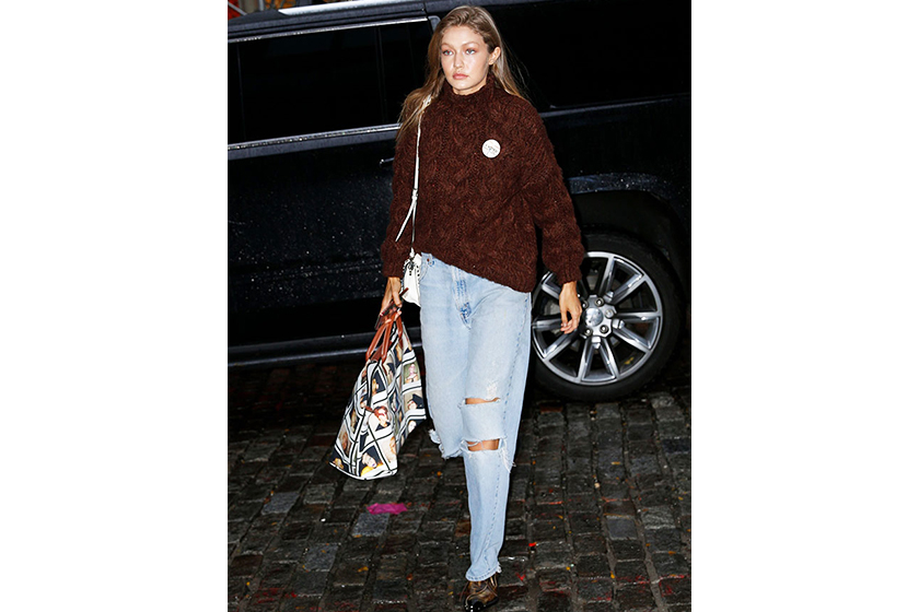 Gigi Hadid  model off duty style mango sweater
