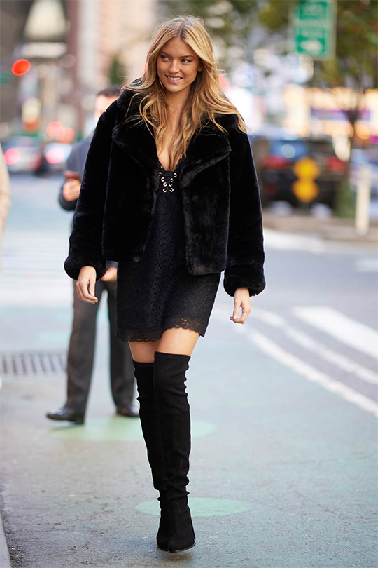 victorias-secret-fashion-show-2018-model-angel-fitting over the knee boots