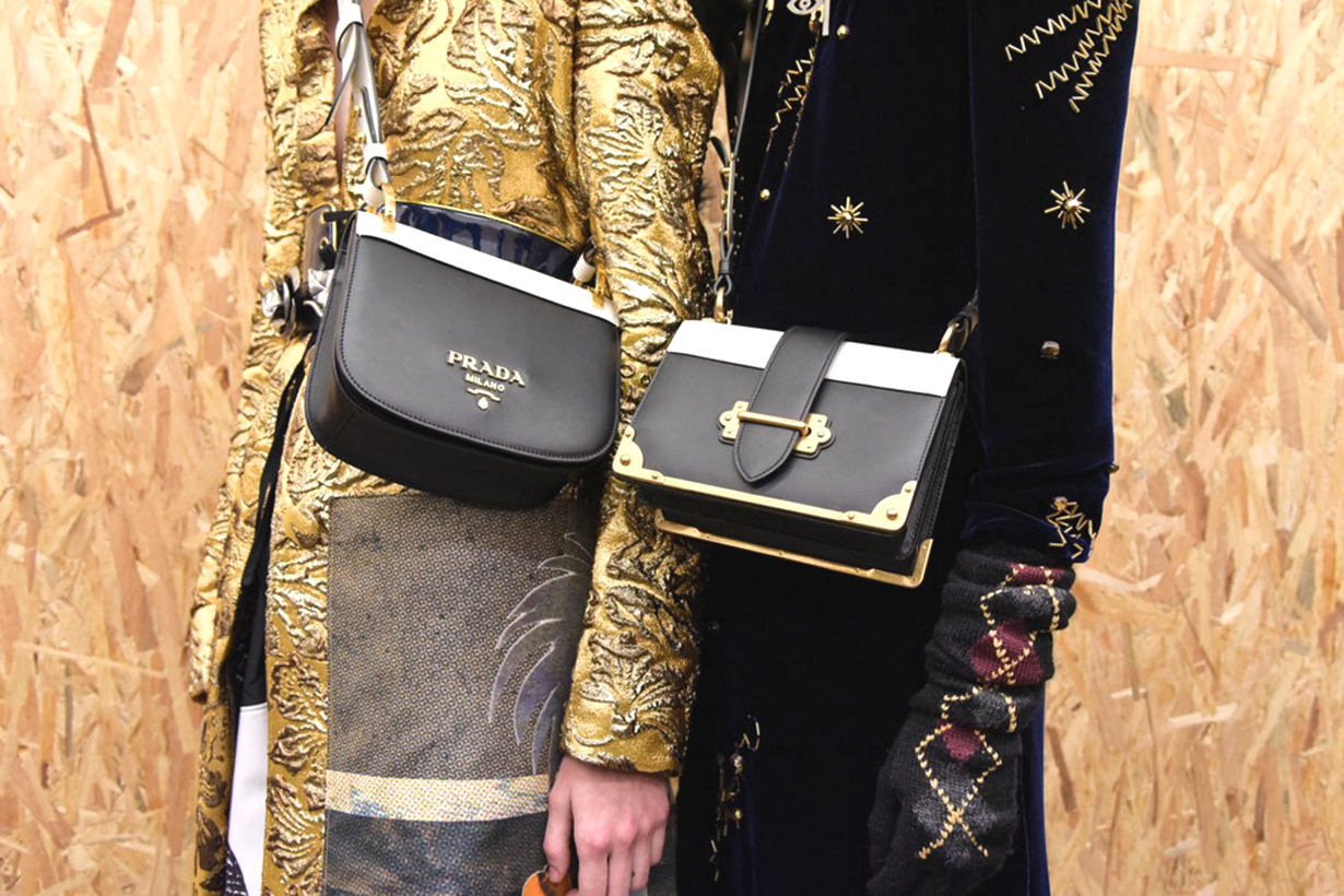 Prada Sidonie Shoulder bag cross body bag handbags It Bag Bella Hadid Kaia Gerber Rita Ora fashionista fashion lovers