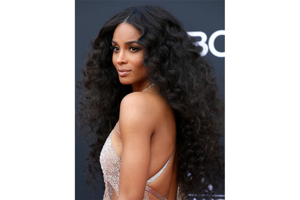 7 Long Hairstyle Ideas5