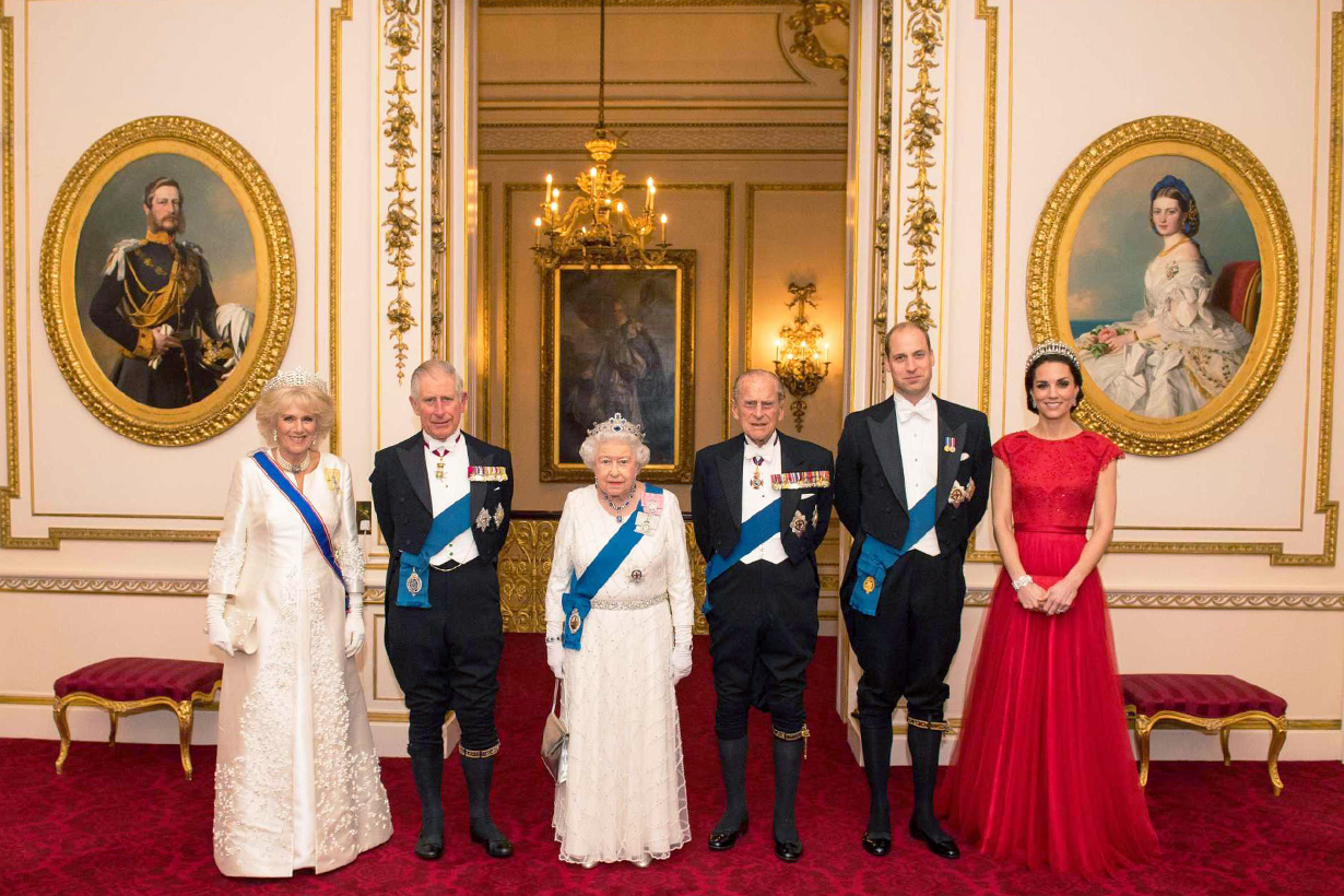 British Royal Family Christmas Gift Tradition Exchanging gift Prince William Kate Middleton Prince Harry Meghan Markle Princess Diana Queen Elizabeth II Prince Philip Sandringham House Grow a Girlfriend Ain't life a bitch