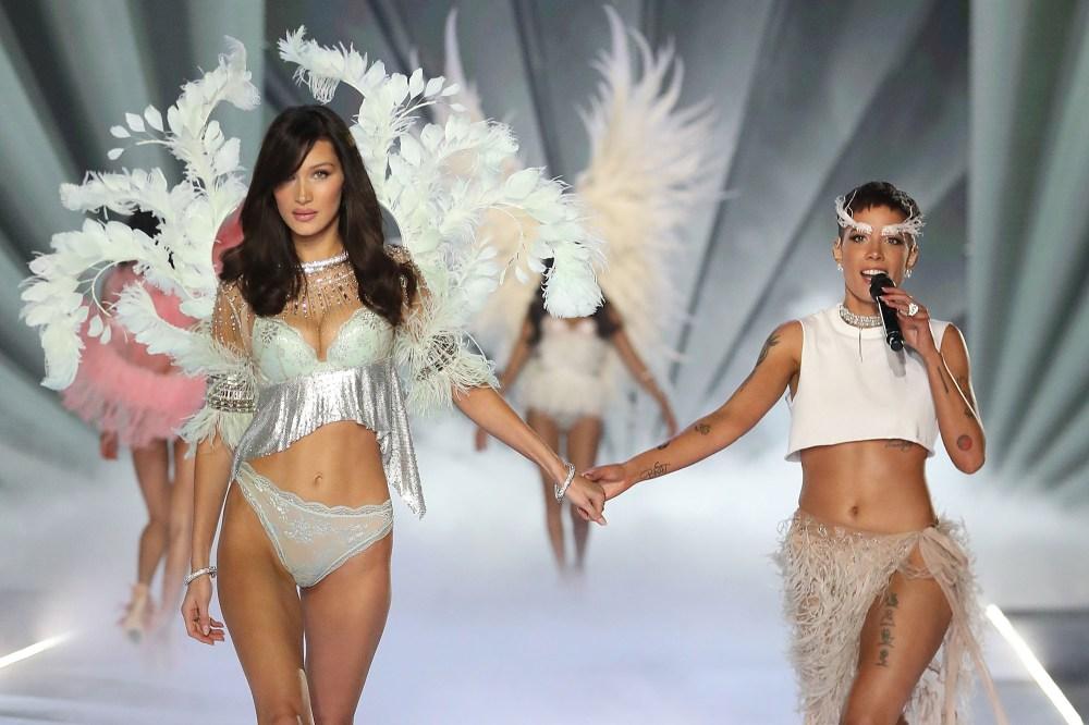 Halsey criticises Victoria's Secret show for lack of inclusivity
