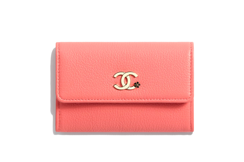 chanel-bags-pantone-living-coral  color of the year 2019