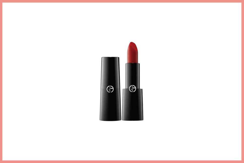 Anne Hathaway Red Lipsticks Colour GIORGIO ARMANI  rouge d' armani sheers ROUGE D' ARMANI 400 celebrities makeup cosmetics