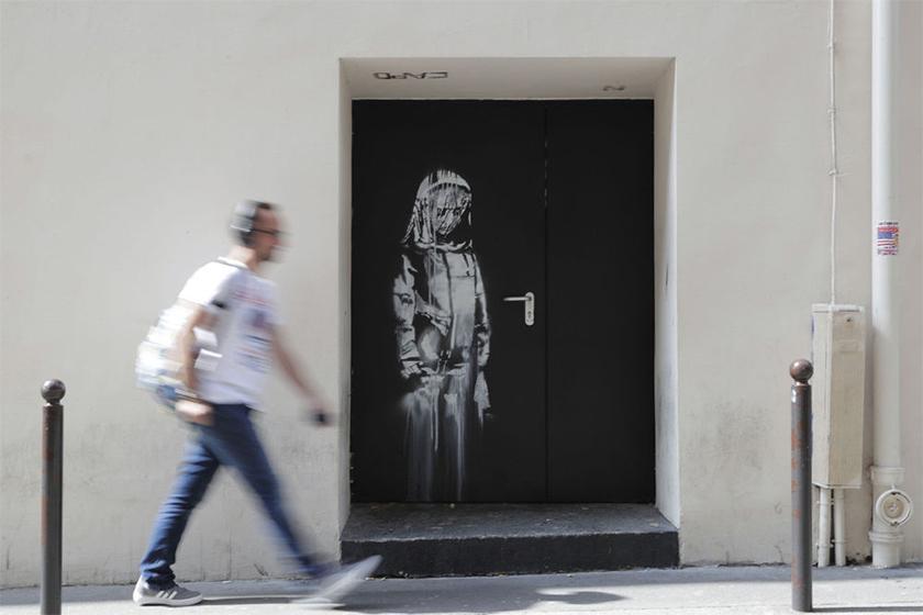 banksy bataclan artwork stolen paris