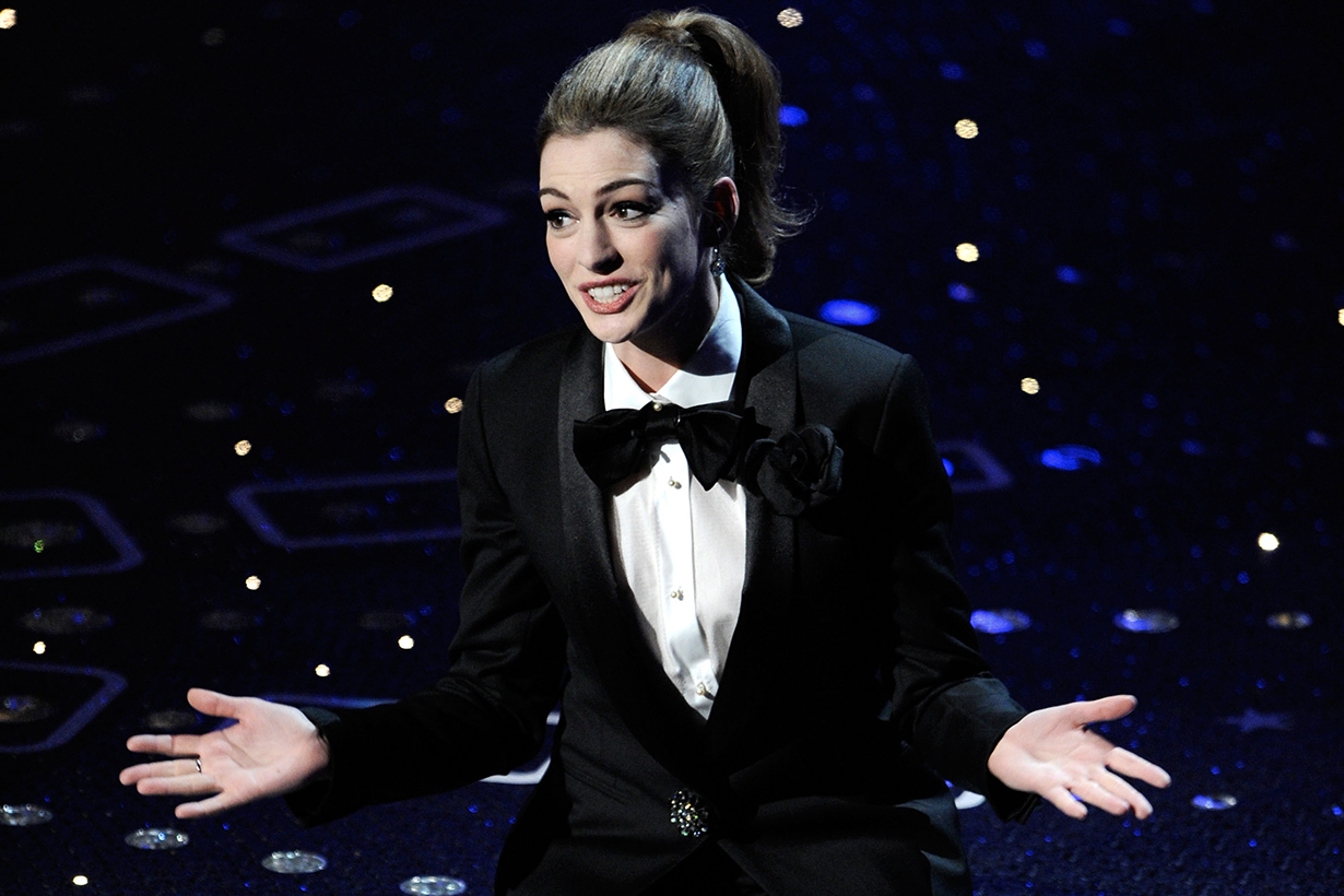 Anne Hathaway 2019 Oscar host controversial issue