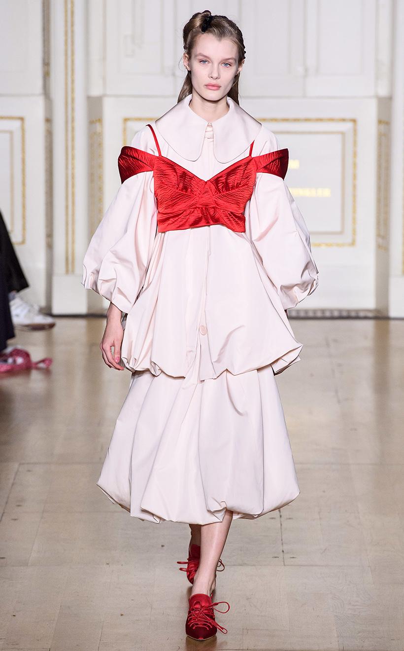 2019-lfw-simone-rocha-fashion-show