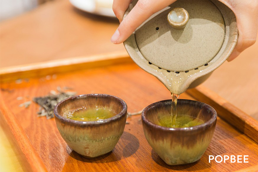 2DP Tsim Sha Tsui restaurant in Hong Kong chinese tea