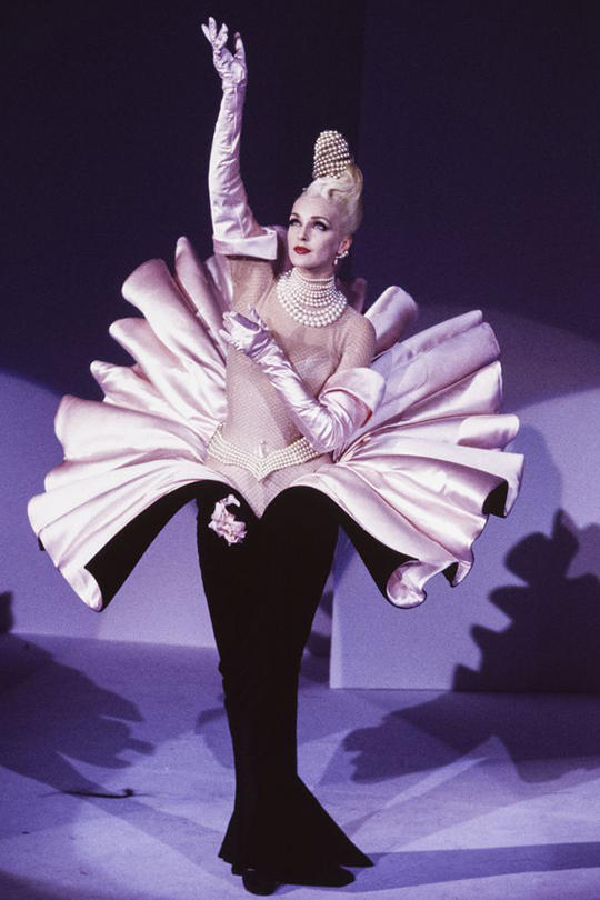 Cardi B grammy Thierry Mugler dress