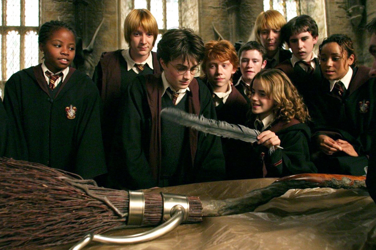 Harry Potter Films CG after effects magic funny green screen Daniel Radcliffe Rupert Grint Emma Watson Hollywood movies childhood memories