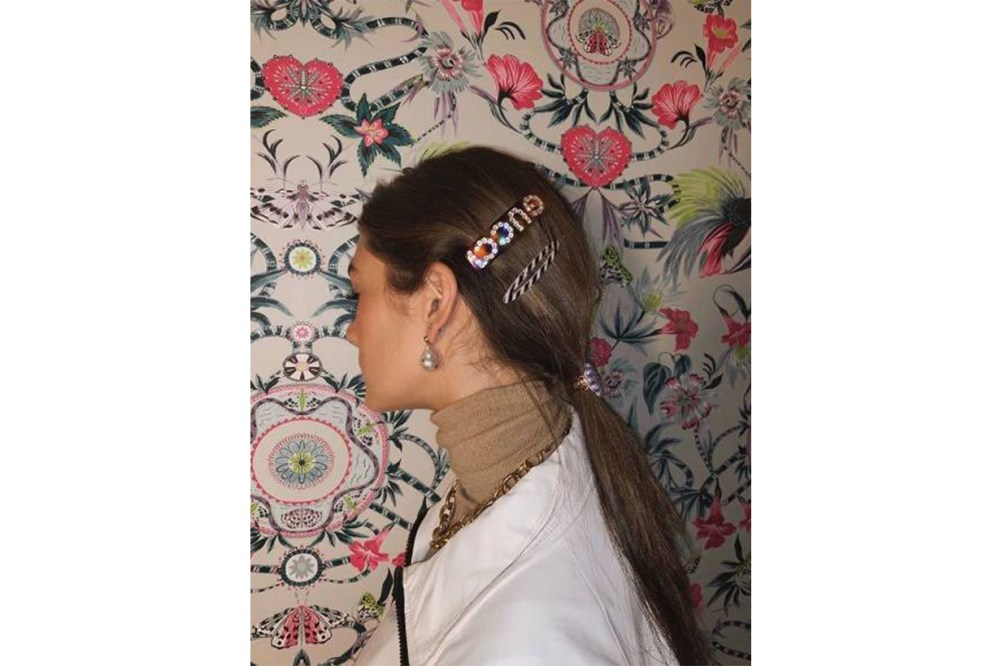 Low Ponytail Hair Clip Trend