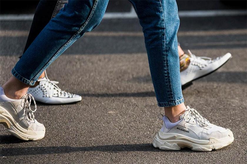 top selling sneakers us 2018