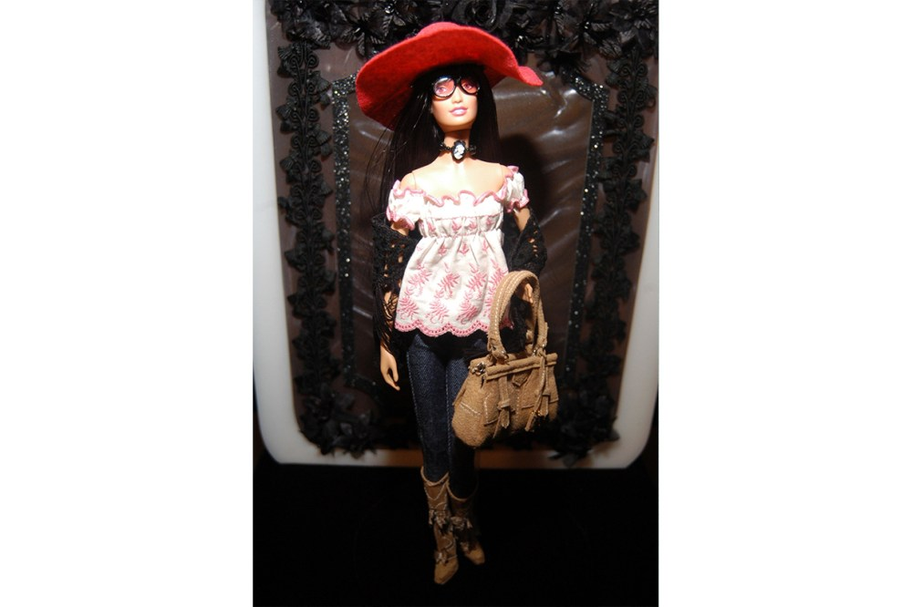 Anna Sui Barbie 2006
